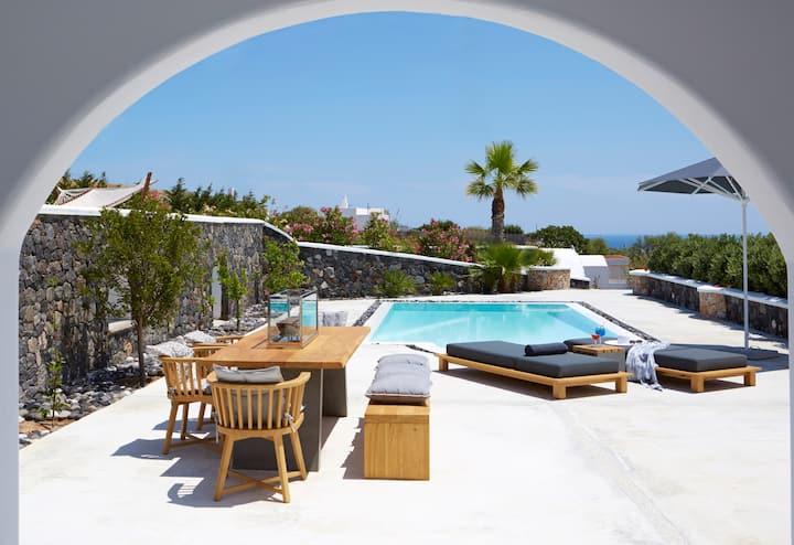 Aqua Three Bedroom Villa, Private pool Sea view
