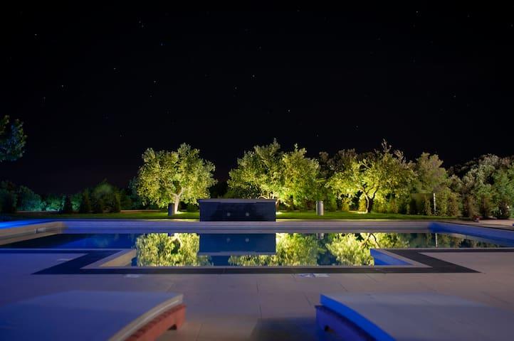 Villa Shanti - Koromačno - Villa
