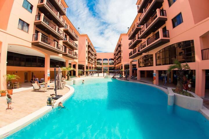 Estúdio vista mar e piscina Resort Pé na Areia 134