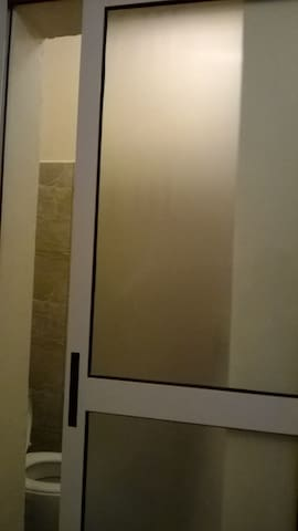Safe and affordable room to rent - Nairobi - Appartement