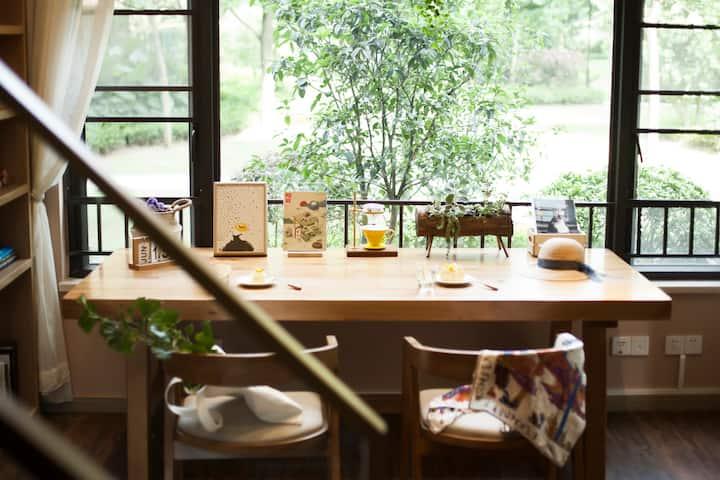 【时光转角】Loft文艺书屋精品民宿 | 一窗绿意 温暖舒适| 近长隆 南站 万达 万博天河城
