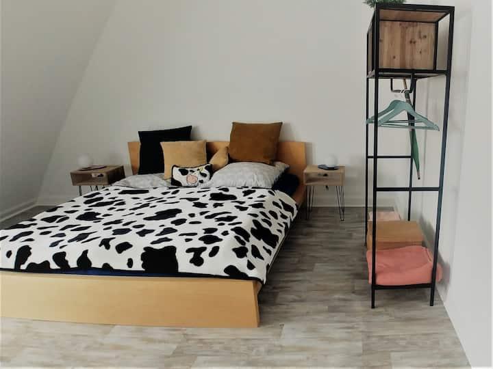 Moderne helle Wohnung im schönen Altbau