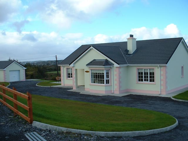Breenymore Cottage,Co. Donegal,WiFi - Inver - Talo