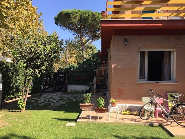 Villa Orietta & Bikes - Santa Severa - Вилла