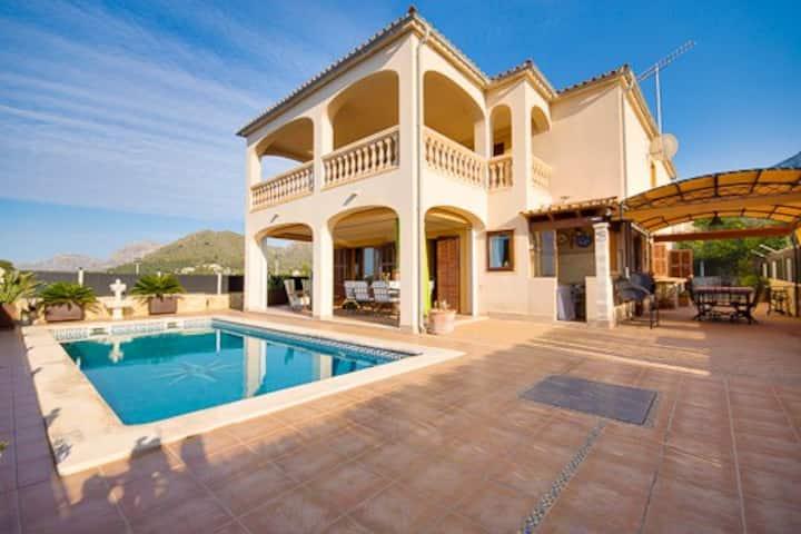 Villa with pool and sea views.