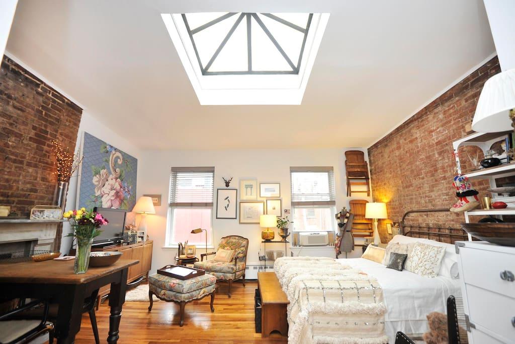 Penthouse studio by central park apartments for rent in for Central park apartments ny