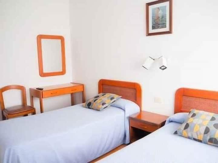 Hotel La Terraza - Habitación Doble Económica con 2 camas