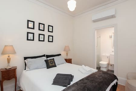 Cosy Quiet Comfy Studio for 2- FREE OFF/ST PARKING - Haberfield - Wohnung