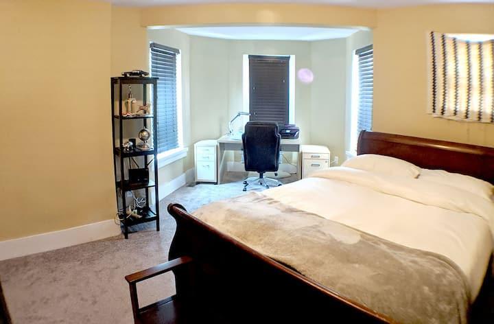 Historic-Penthouse Suite-MICA-ByBolton &JohnsHop