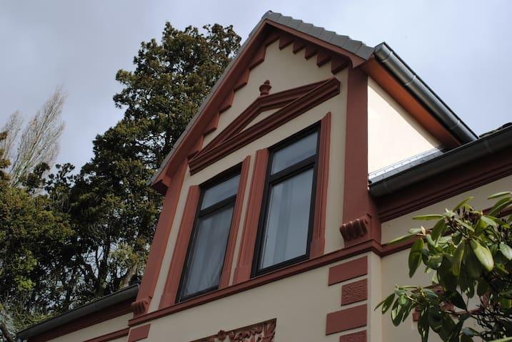 Gemütliches Alt-Bremer Friesenhaus - Bremen - Villa