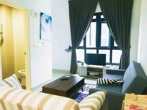 RM50(Medini)Ramada Studio Suites 4 pax @ Free Wifi