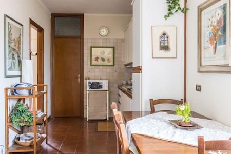 Cute apartment, centre of Garda - Garda - Apartment - 2