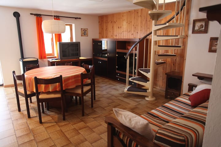 Mansarda in Valle di Gressoney - Fontainemore - Apartament
