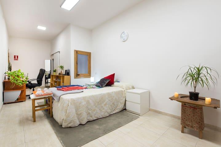 Loft acogedor ideal para parejas - Barcelona - Vindsvåning