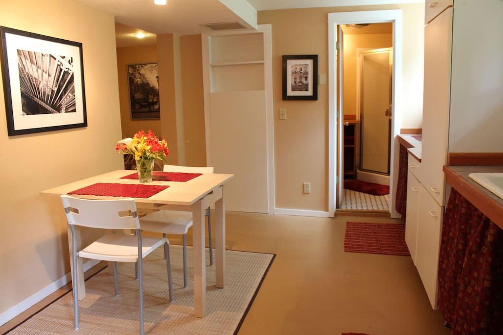 kitchen - lots of amenities!