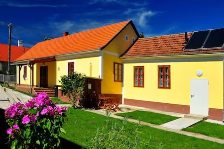Kisbalaton Organic Guesthouse