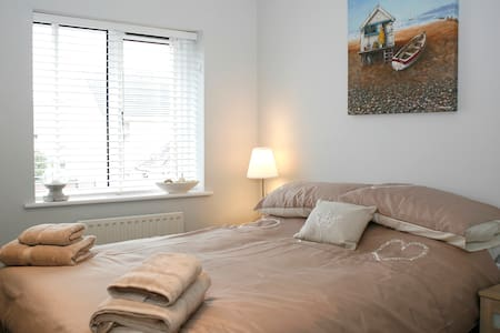 No33 Seaside Cottage Sleep 6 WiFi - Conwy