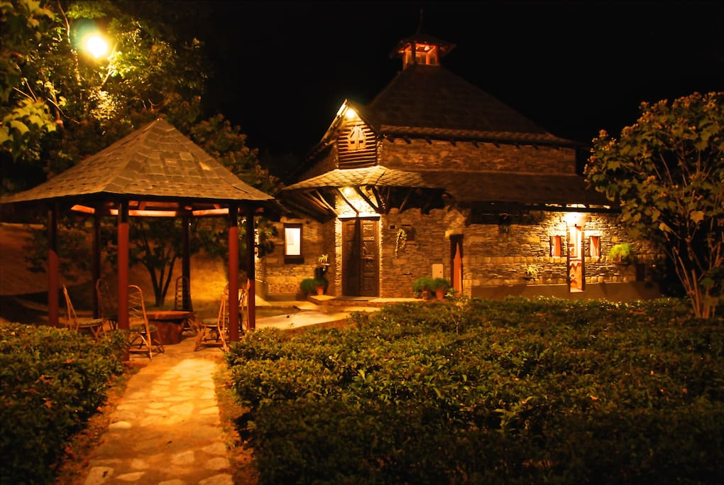 GAZEBO AND COTTAGE NIGHT VIEW