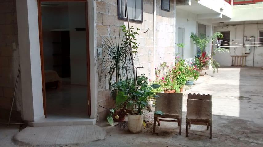 Agradable  habitación en Valladolid - Valladolid - Huis