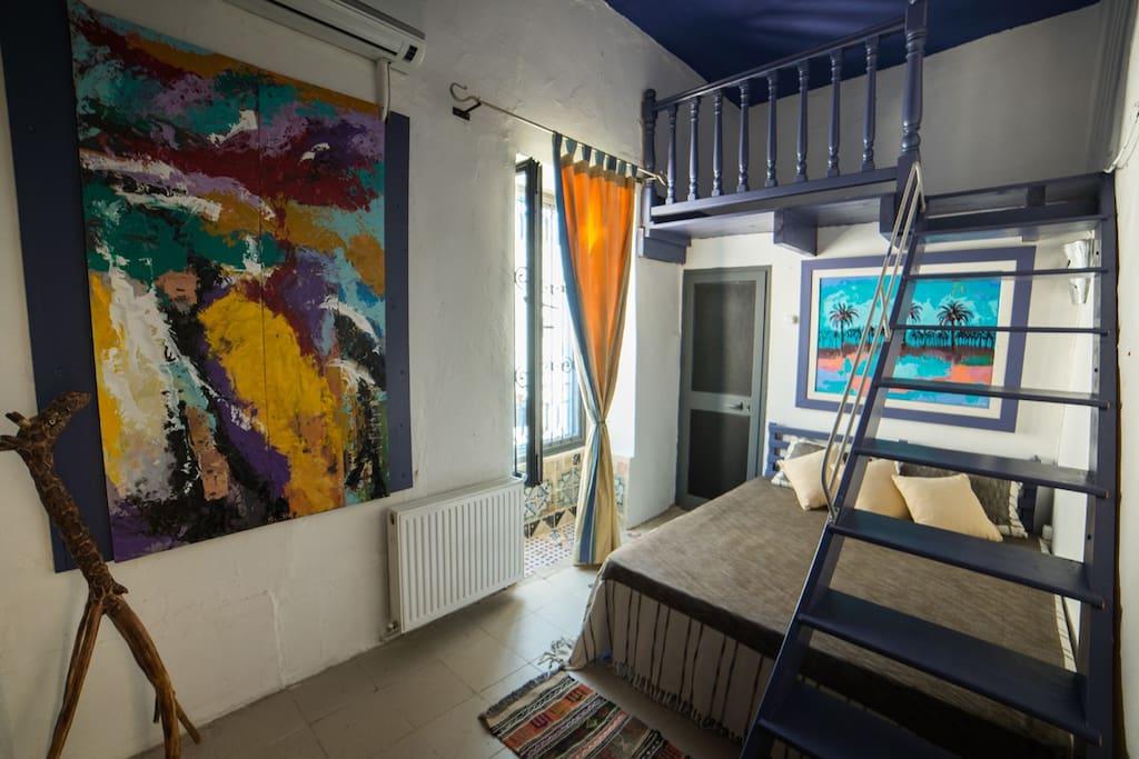 chambre jasmin avec mezzanine capacité max 4 personnes