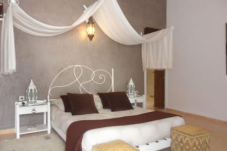 villa Salvatore - Ghazoua - Bed & Breakfast