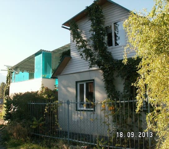a guest house Tatiana - Barskoon