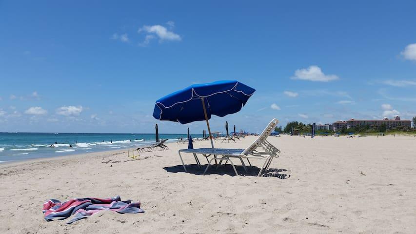 Singer Island beach condo