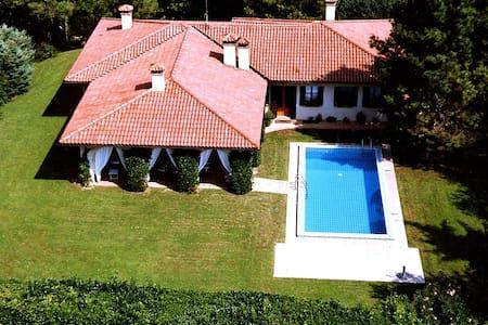 Asolo....Villa Cima al Pomer! - Monfumo