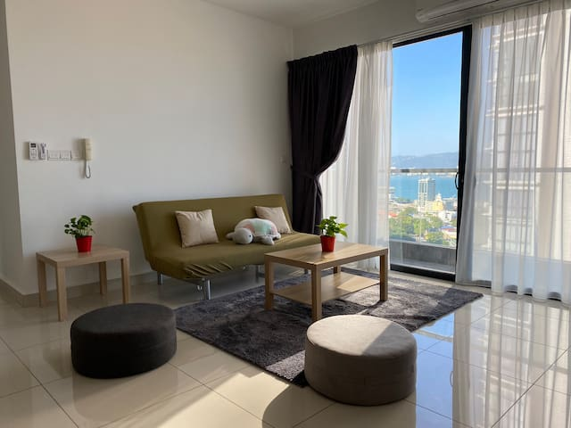 DolceCasa 2rooms seaview wifi 5min PG Sentral 红情绿意