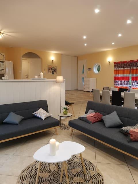 Belle maison située au croisement de la Corrèze, Dordogne et Lot