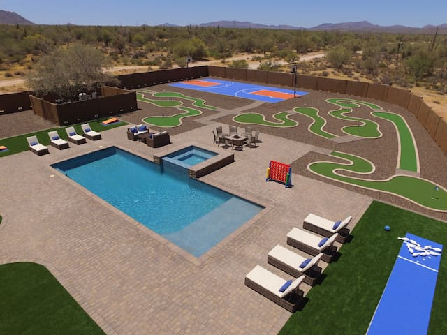 Voted #1 House - Pool, Bowling, Golf, Basketball + - Scottsdale - Rumah
