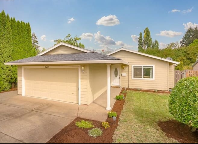 Ohana Hale in Forest Grove - Forest Grove - House