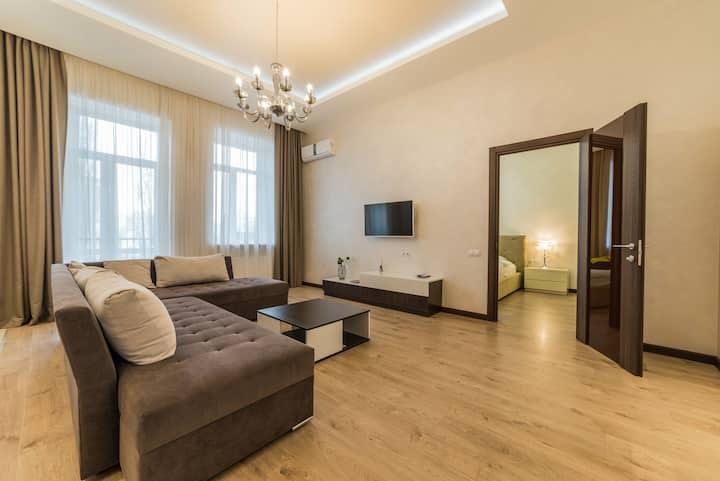 Luxury Flat - Ultimate Location in Center of Kiev