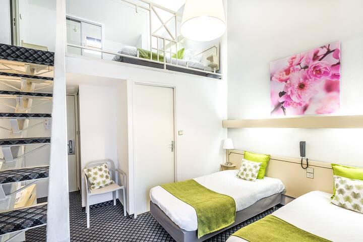 Chambre quadruple Hotel ND France - Lourdes