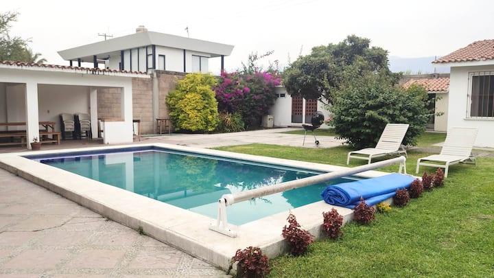 Hermosa casa privada a 1 hr de la CDMX