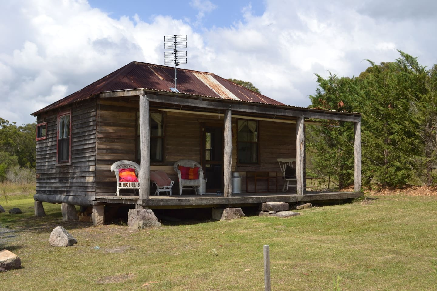 Originally built in 1890 in Yass, relocated to Kangaroo Valley and lovingly restored