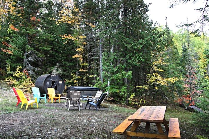 Domaine Des Coeurs Heureux - Bois rond avec sauna