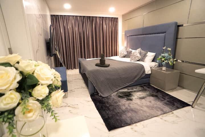 Luxury Villa | 6ppl Group | Private Pool @palmc7