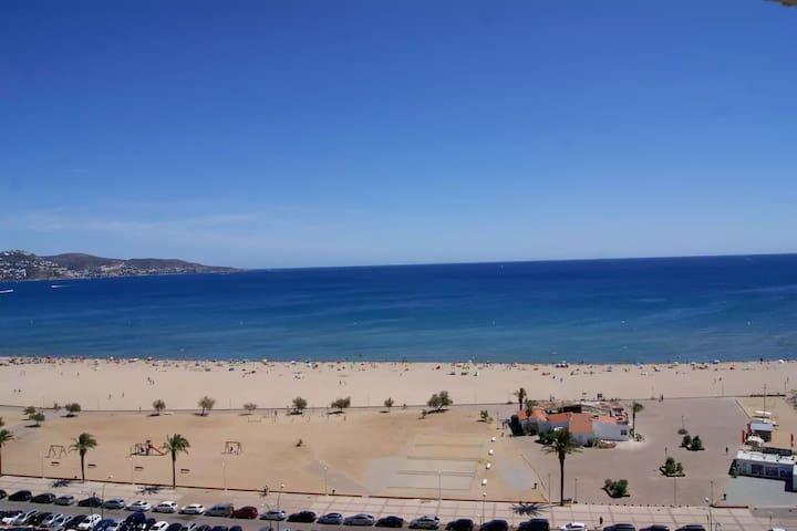 Apartamento 1a Linea Playa/ Beach Apartment - WiFi