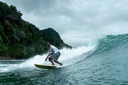 Llegó el verano a Nuquí! Surf, playa, selva y más