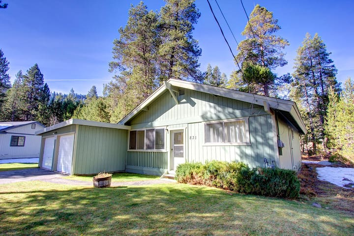 Fantastic Pet Friendly Cabin on Outskirt of Town - South Lake Tahoe - Cabin