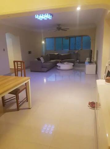 5 room flat ! Full Privacy