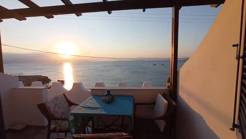 """Cavos"" full seaview studio, Agistri Island E3"