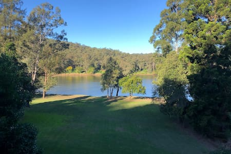 Sundowner - Tranquility on the Hawkesbury River