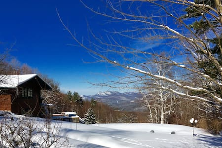 Your Own Resort - with the Best Views in Vermont - Dorset - Haus