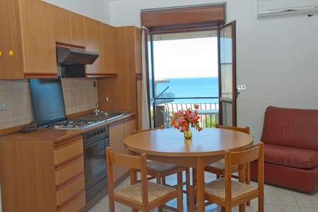 SUN & FUN in Astonishing Calabria - Santa Caterina Dello Ionio Marina - Appartement