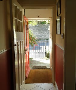 Farm Cottage, Charmouth - Charmouth