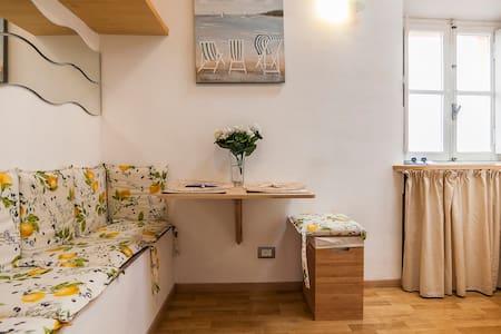 Nice loft style boat - Terracina