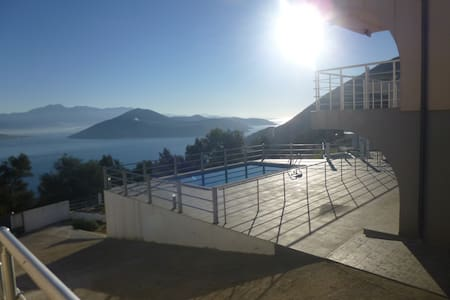 Majestic villa & views, Herceg Novi - Žvinje