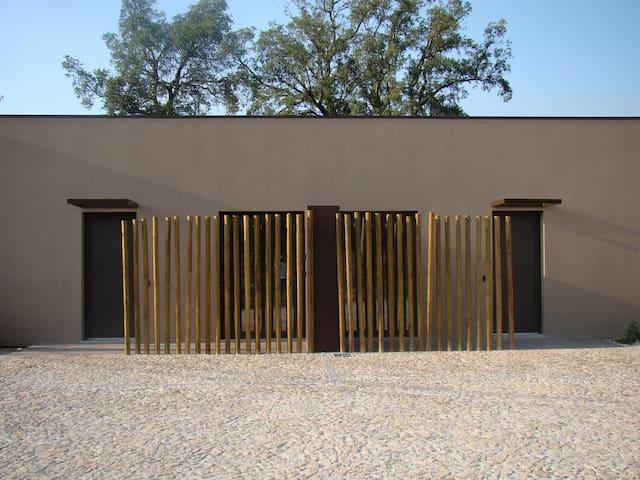 Suite com Banheira de Hidromassagem - Braga - Villa